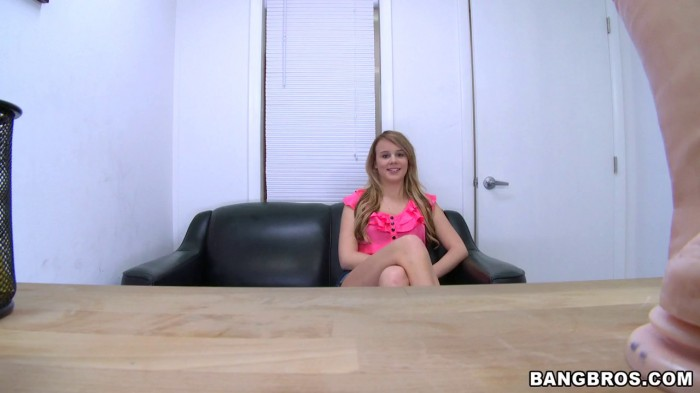 Alexis Adams in New girl stops by to see if she wants  ...