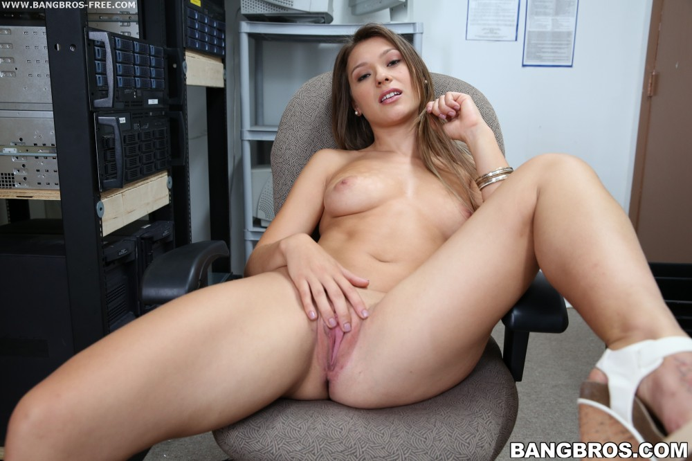 Mofosnetwork callie cyprus wet pussy anal hq yes porn pics xxx